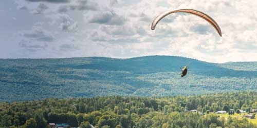 Parasailing - Morningside Flight Park - Charlestown, NH