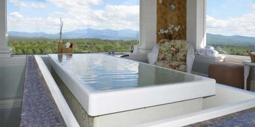 Open Air Spa Tub - Mountain View Grand Resort & Spa - Whitefield, NH