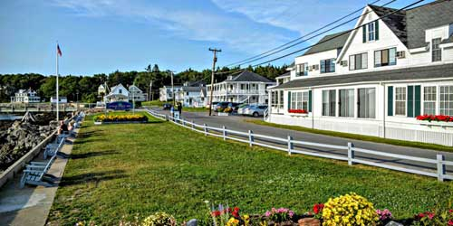 Exterior View Ocean Point Inn East Boothbay Maine
