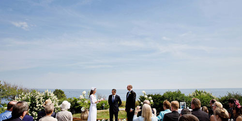 Shorefront Wedding 500x250 - Cape Arundel inn & Resort - Kennebunkport, ME