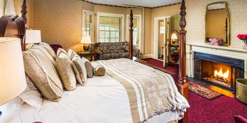Deluxe Room Stonehurst Manor North Conway New Hampshire