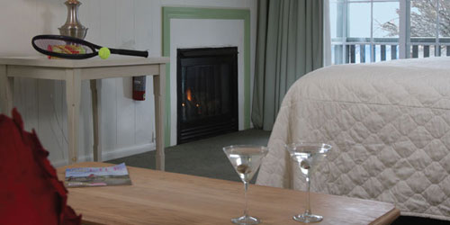 Inn Room with Fireplace 500x250 - The Cove on the Waterfront - Orleans, MA