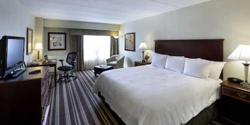 Hampton Inn Boston-Natick Room Natick MA
