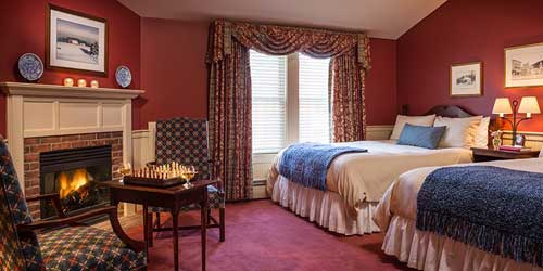 Double Room & Fireplace - Green Mountain Inn - Stowe VT