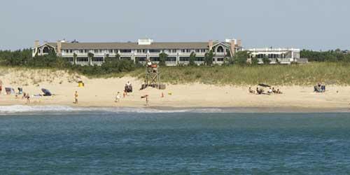 Waterfront beachfront lodging in new england ma me nh vt ct ri winnetu oceanside resort publicscrutiny Choice Image