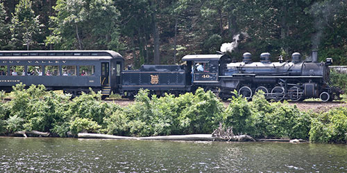 Excursion Train 500x250 - Essex Steam Train & Riverboat - Essex, CT