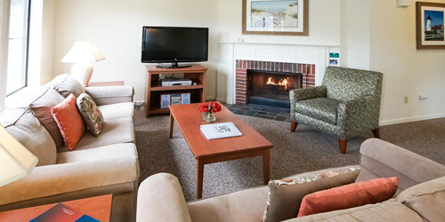 Living Area - Brewster Green - Brewster, MA